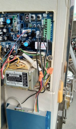 2 300x510 - 遠端鐵捲門遙控器 智慧 | 監控 | 保全 | 安防